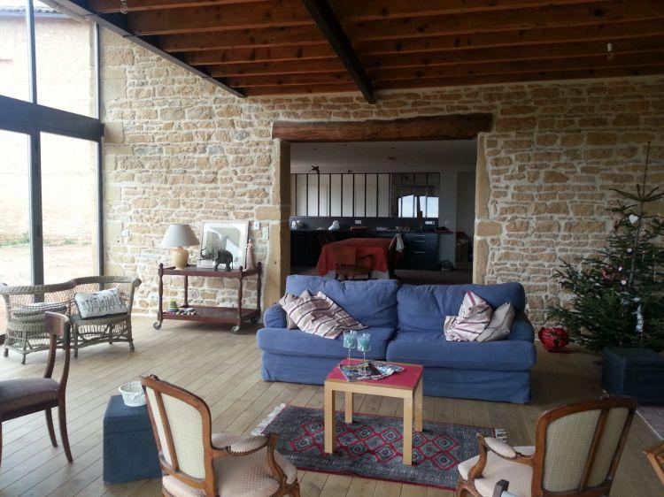 Construction De Maison En Pierres Dores Anse  La Maconnerie